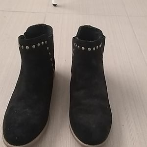 Roxy booties with studded details